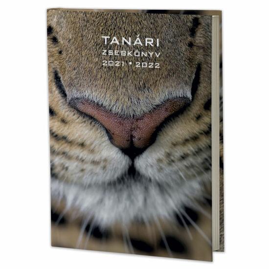 Eminens tanári zsebkönyv 2021/22 - leopárd (fotó: Máté Bence)